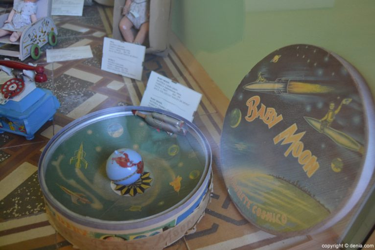 Juego baby Moon en el Museo del Juguete de Dénia