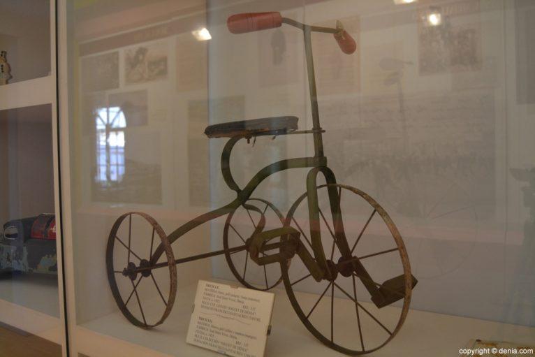 Triciclo de hierro
