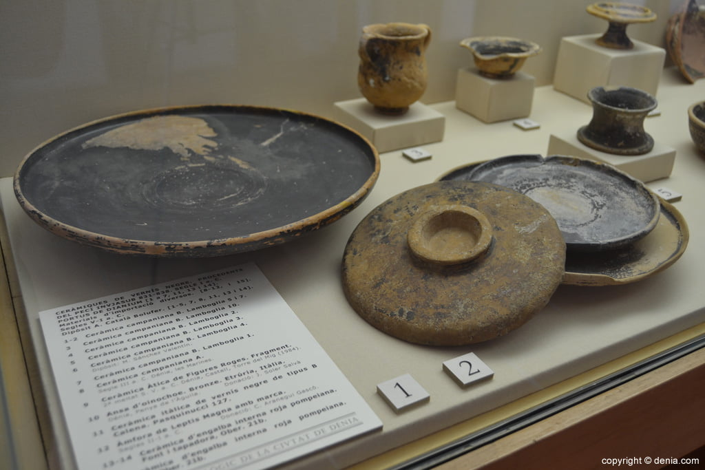 Cerámicas de barniz negro del siglo VI AC