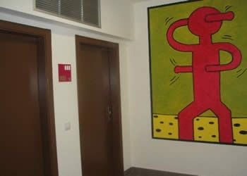 L'entrée des chambres de Denia Meeting Point