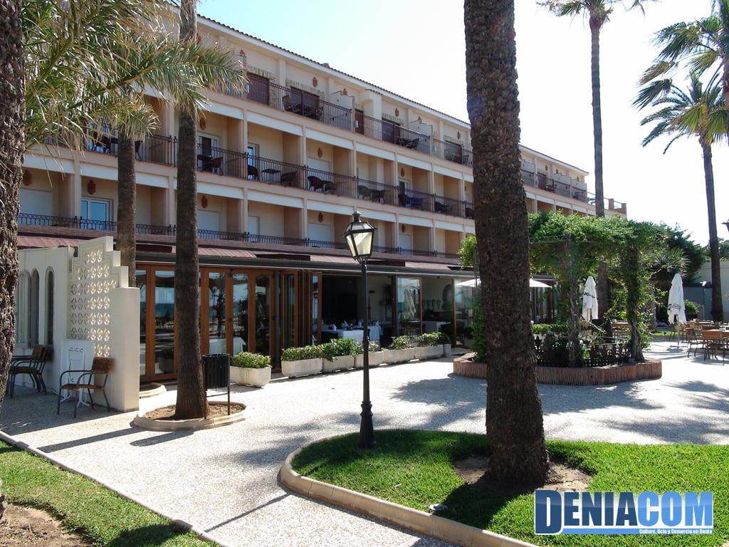 Exterior del Hotel Los Ángeles en Dénia