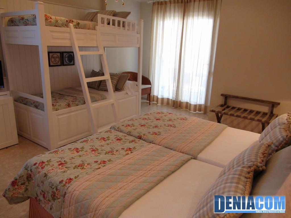 Habitación familiar en el Hotel Los Ángeles de Dénia