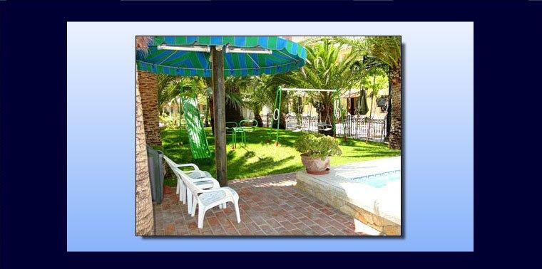 Hôtels à Dénia - Jardin de l'hôtel Rosa