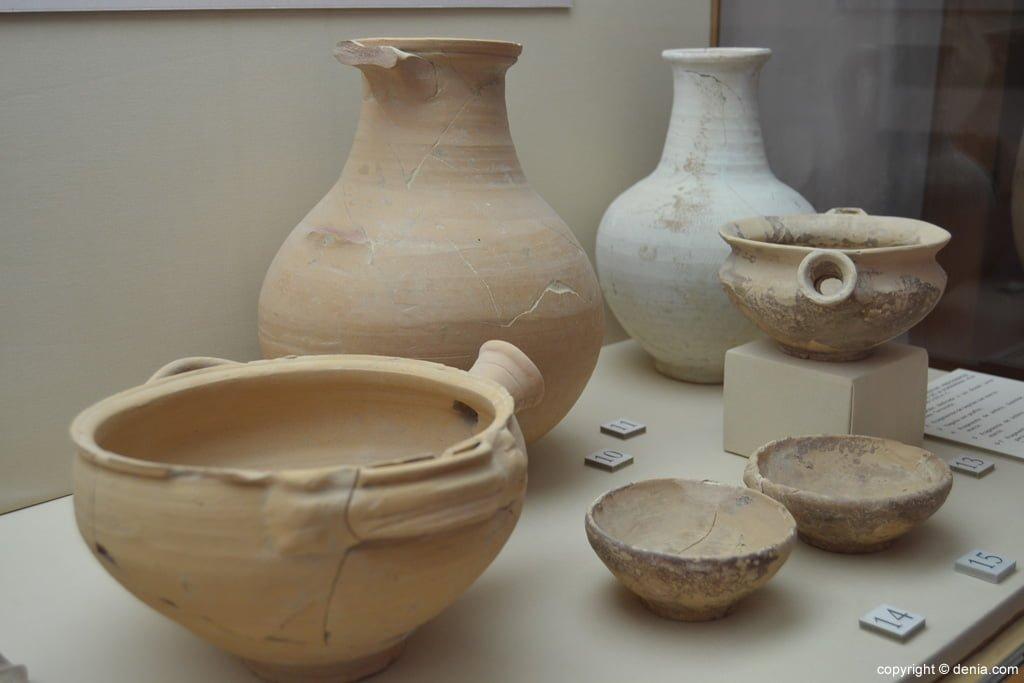 Restos de ánforas de la villa romana de la Almadrava
