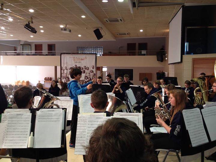 Actividades musicales en el Colegio alfa & Omega