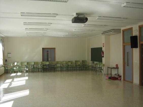 Aula de audiovisuales del colegio Montgó