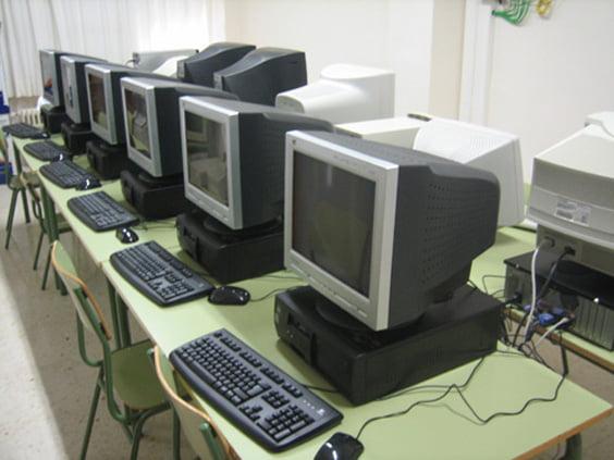 Aula de informática del colegio Montgó