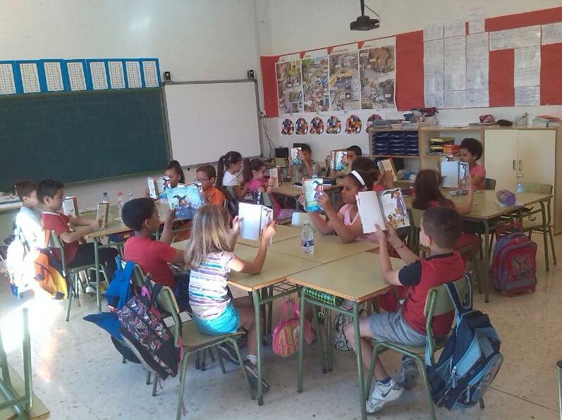 Biblioteca del Colegio Cervantes copia