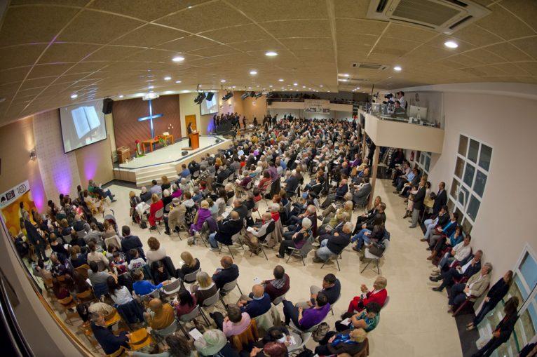 Interior del templo de la Iglesia Evangélica