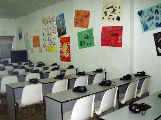 Laboratorio de idiomas del Colegio Paidos