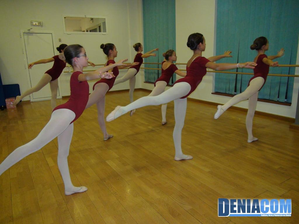Школа танцев Вавилон в Дении