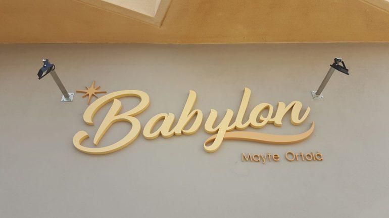Nouvelle affiche de Babylone