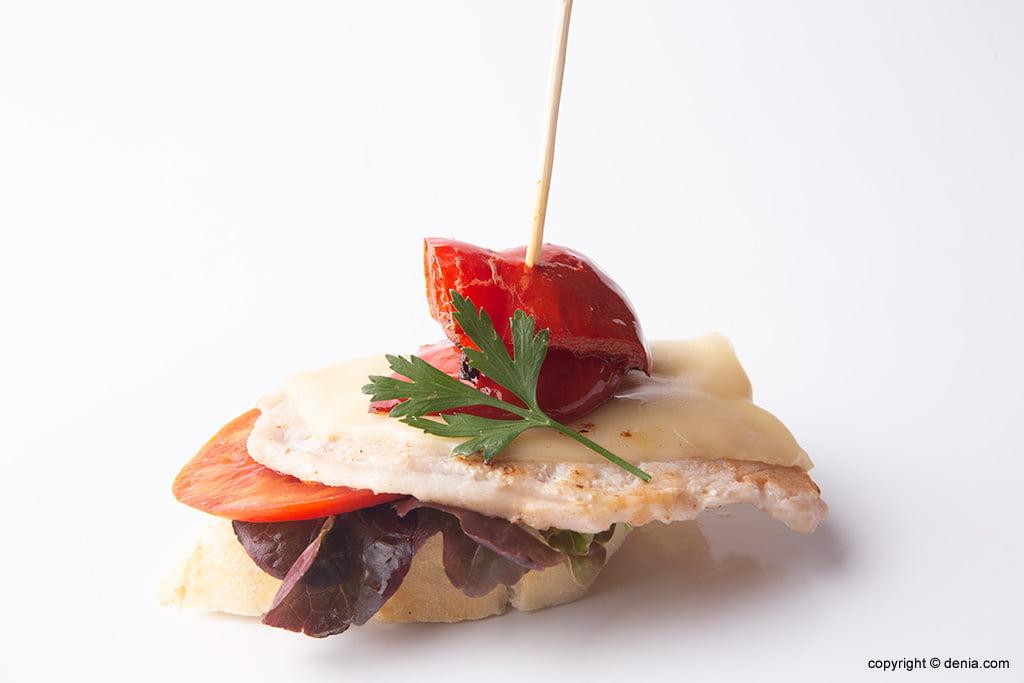 Pinxo amb formatge Lizarran