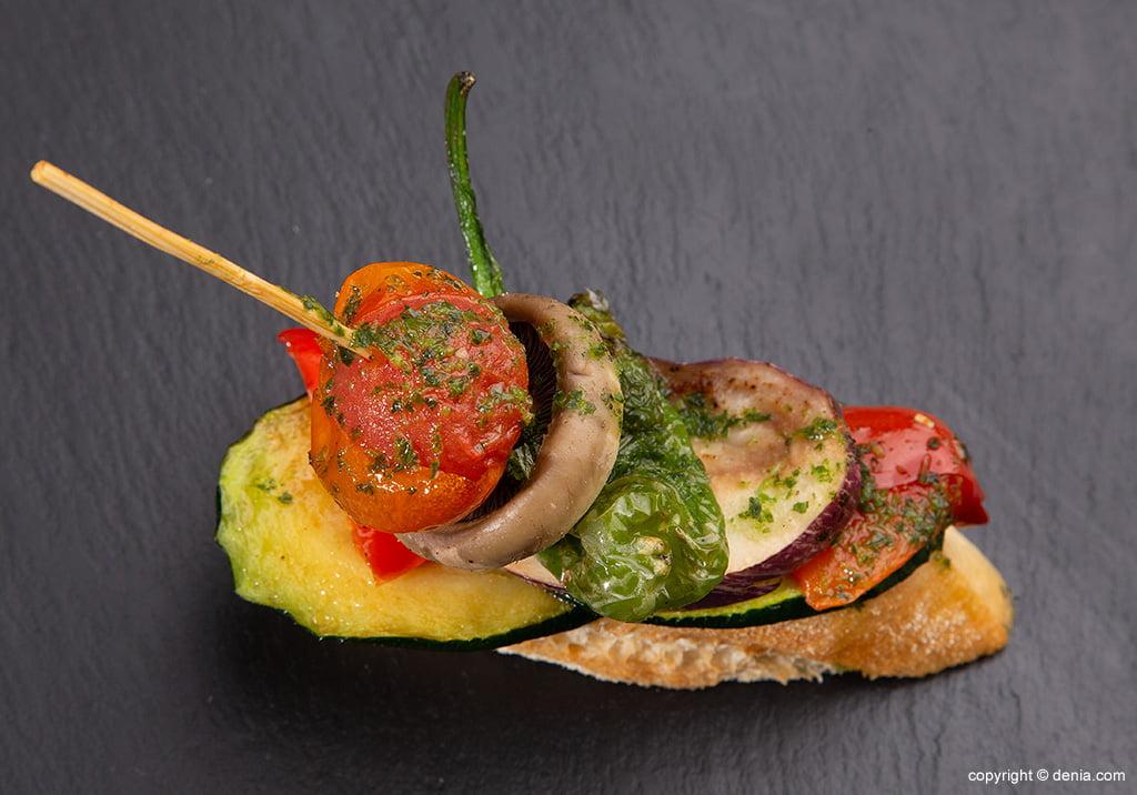 Pinxo amb verdures Lizarran