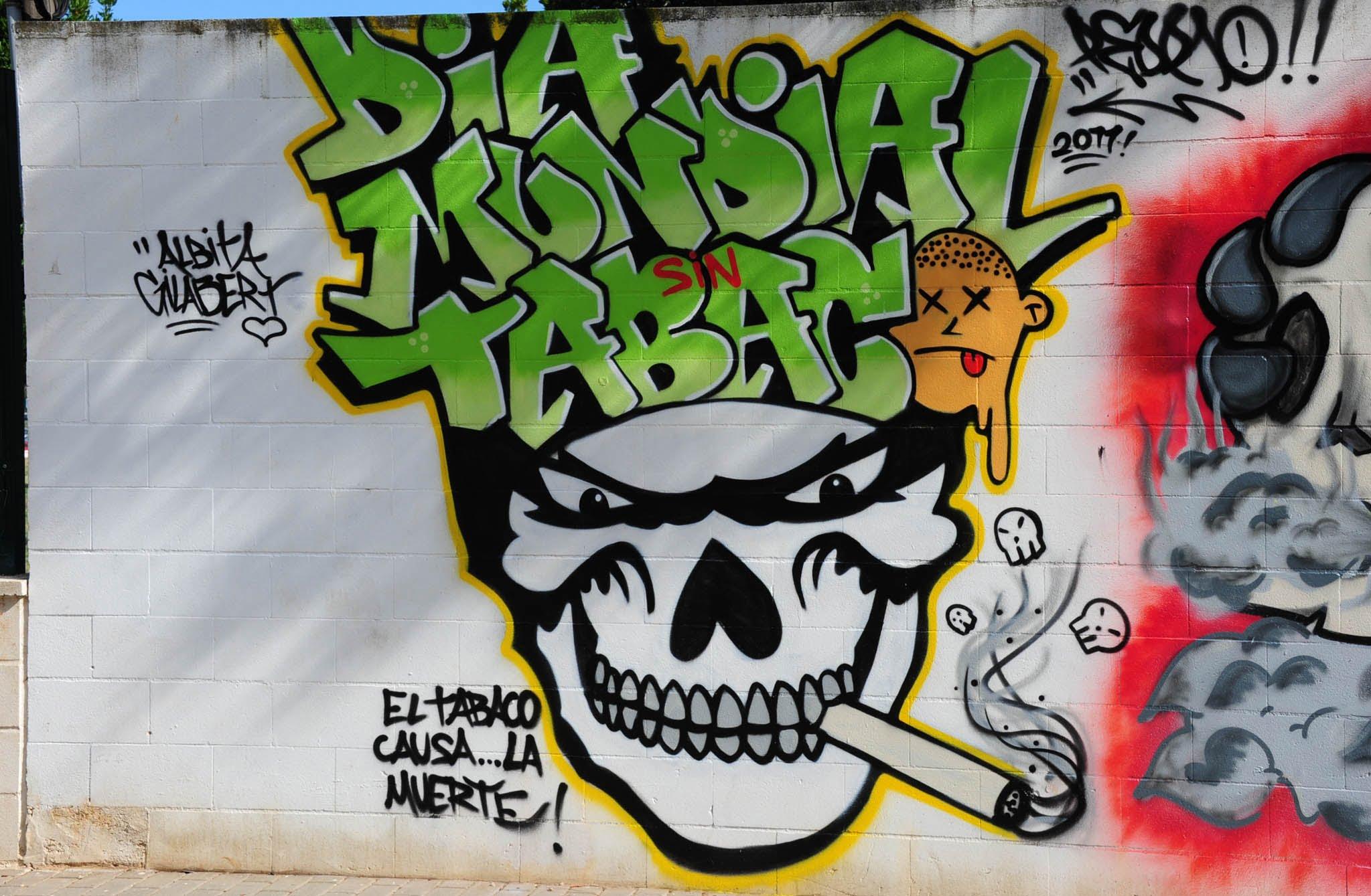 Graffitis callejeros de corazones for Graffitis y murales callejeros