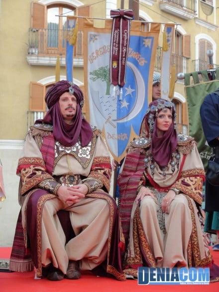 14 capitán y abanderada moros 2011 - Filà Berebers Tuaregs