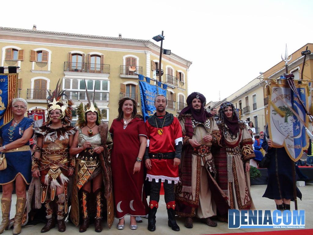21 Capitanes y abanderadas en el Pregón 2011 Dénia