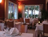 Comedor-Interior-de-Restaurante-San-Giuseppe-440x326 (1)