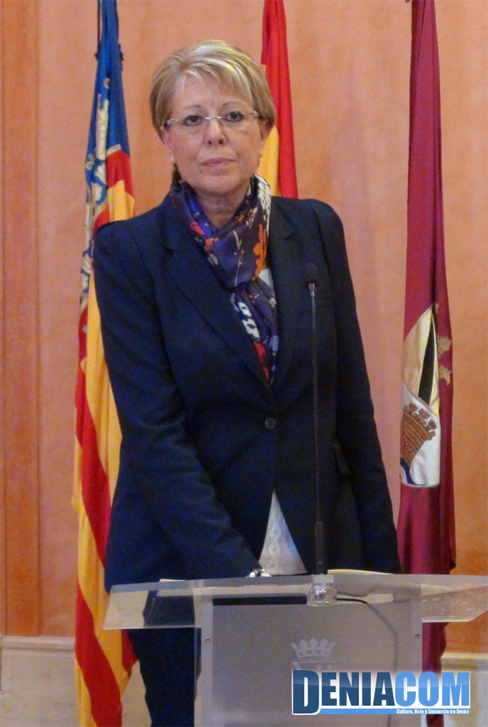 Mari Martínez swears his position as councilor of the City of Dénia