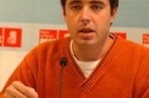 El diputado socialista Herick Campos denuncia en Dénia la inexistencia de una partida presupuestaria para la desaladora - Herick-Campos-300x198