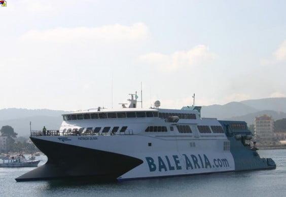 Barco Patricia Olivia de Baleària