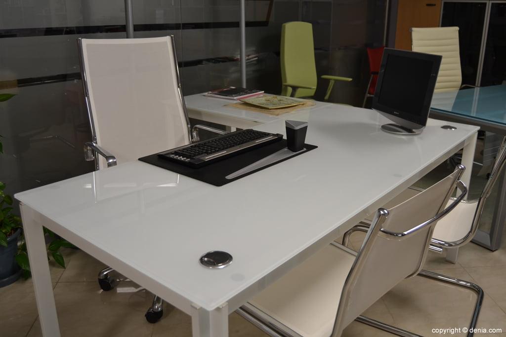 Fernando Moll – amuebla tu oficina