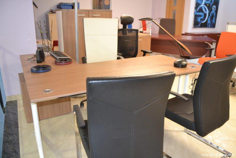 Fernando Moll - muebles para el despacho