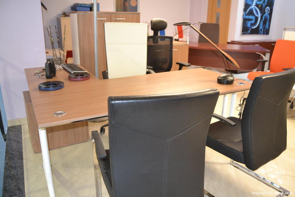 Fernando Moll – muebles para el despacho
