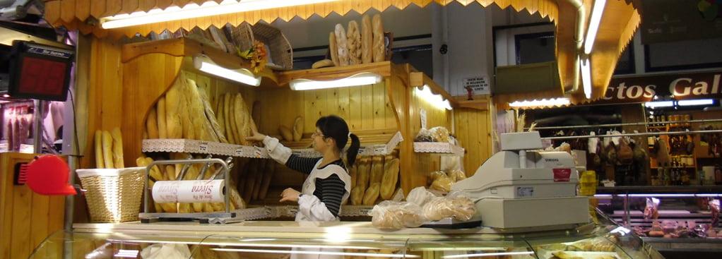 Panadería en el Mercado de Dénia