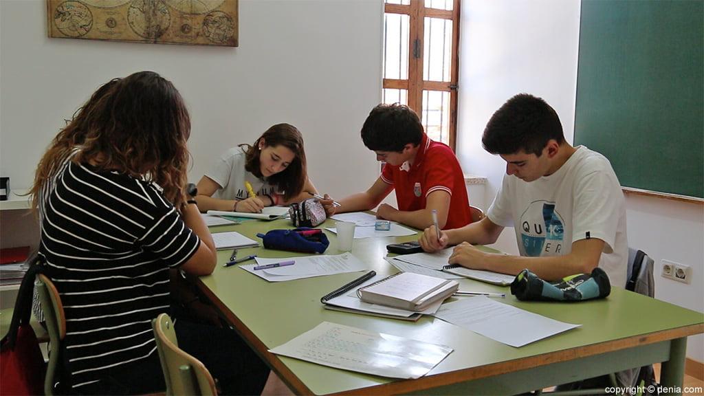 Alumnos Centro de Estudios EDES