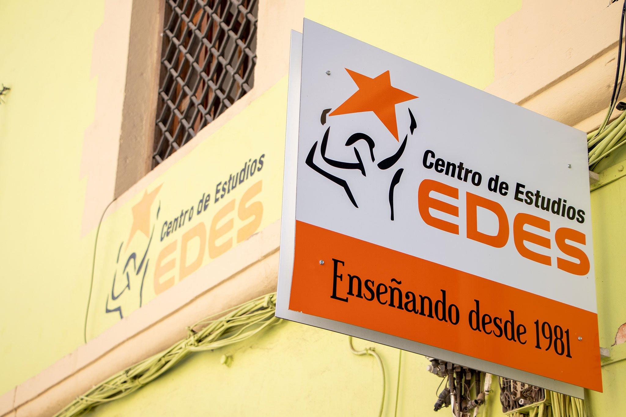 Cartel – Centro de Estudios EDES