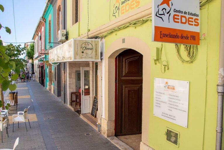 Exterior - Centro de Estudios EDES