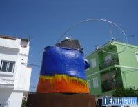 Escultura de Salvador Mollà en la Plaza Mariana Pineda de Dénia 06