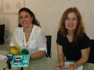 Isabel Gallego y Susana García presentan los cursos de verano 2012 de juventud y mayor
