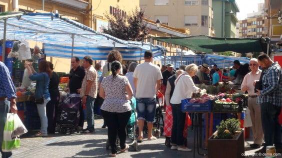 Mercado Municipal de Dénia - mercado de frutas y verduras de los viernes