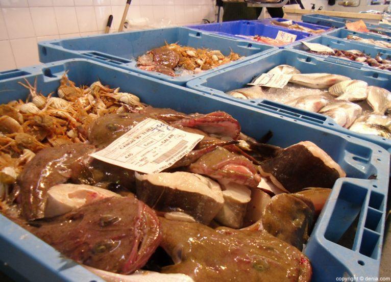 Mercat de Dénia - Compra de pescado