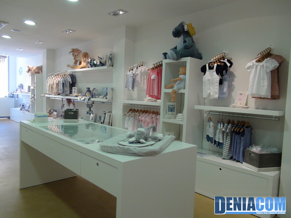 Baby clothing and accessories in Abu and tatun Dénia
