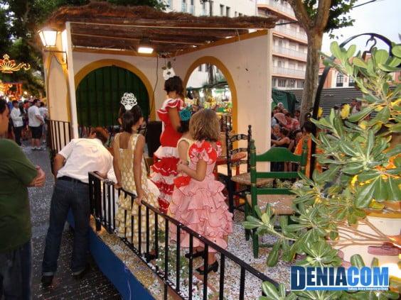 La Casa de Andalucía luce su particular carriola rociera en las Carrozas 2012