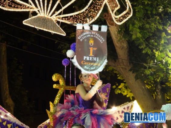 La Falla Centro gana el primer premio del Desfile de Carrozas 2012