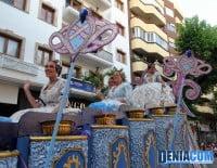 La Fallera Mayor de Dénia Marta Tabernero y su Corte de Honor en el Desfile de Carrozas 2012