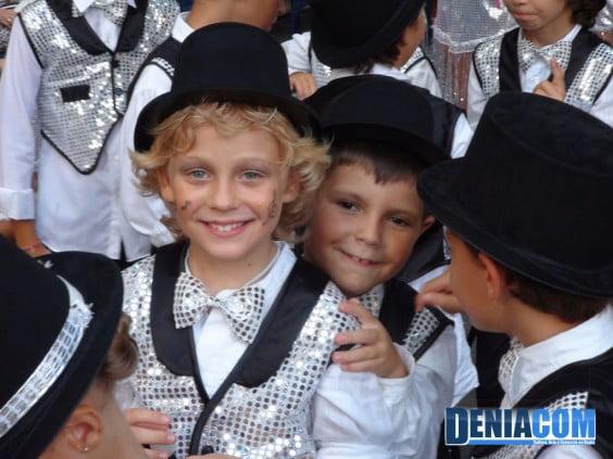 Niños de la Falla Centro completan la comparsa Musicalité