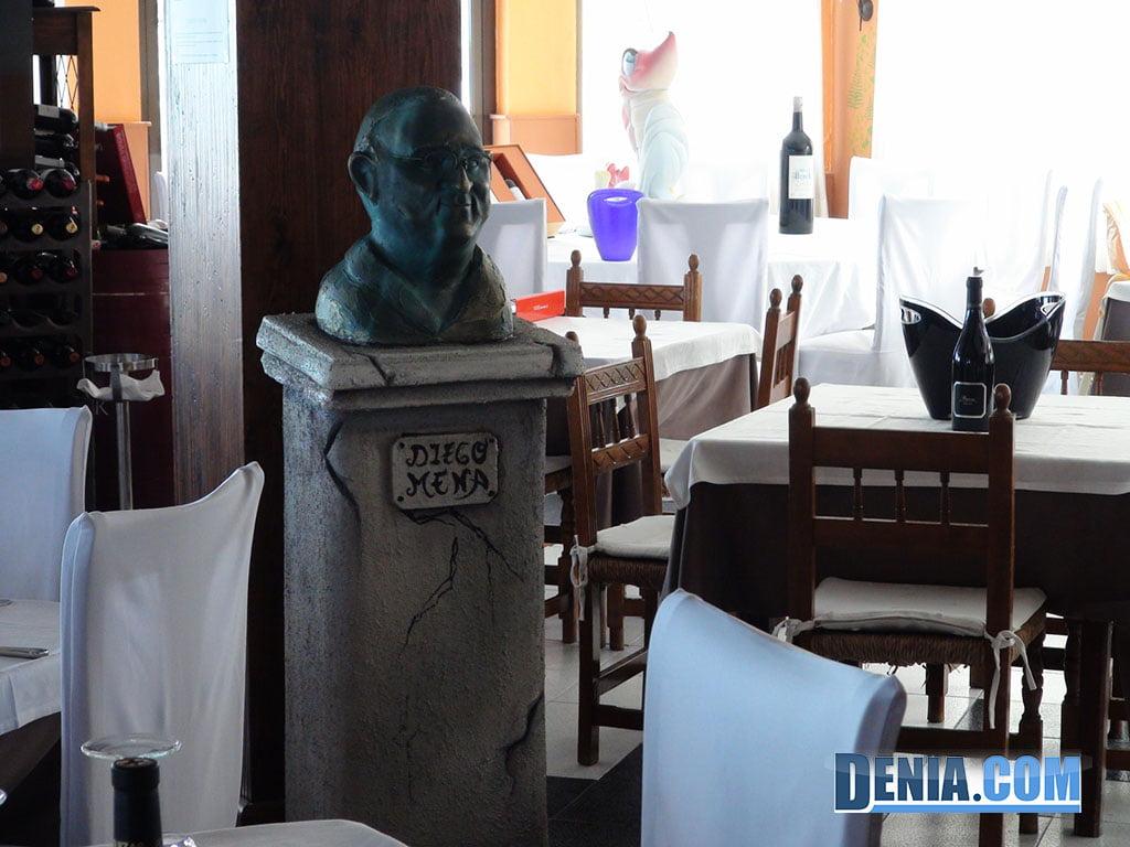 Restaurante Mena Dénia, Busto de Diego Mena
