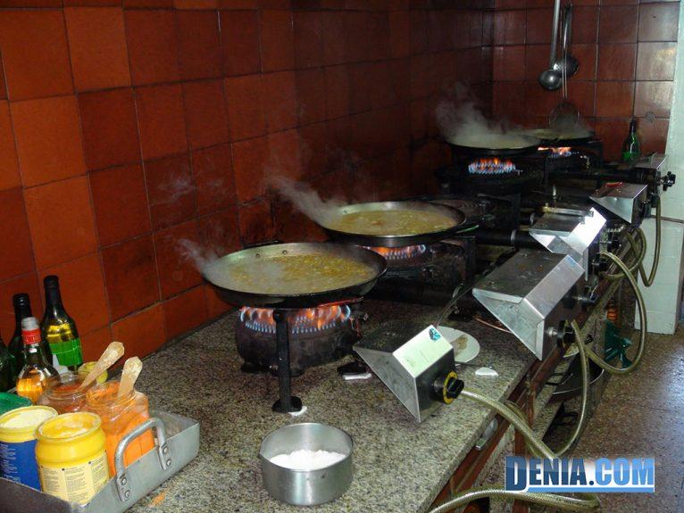 Ristorante Mena Dénia, paella tradizionale e riso