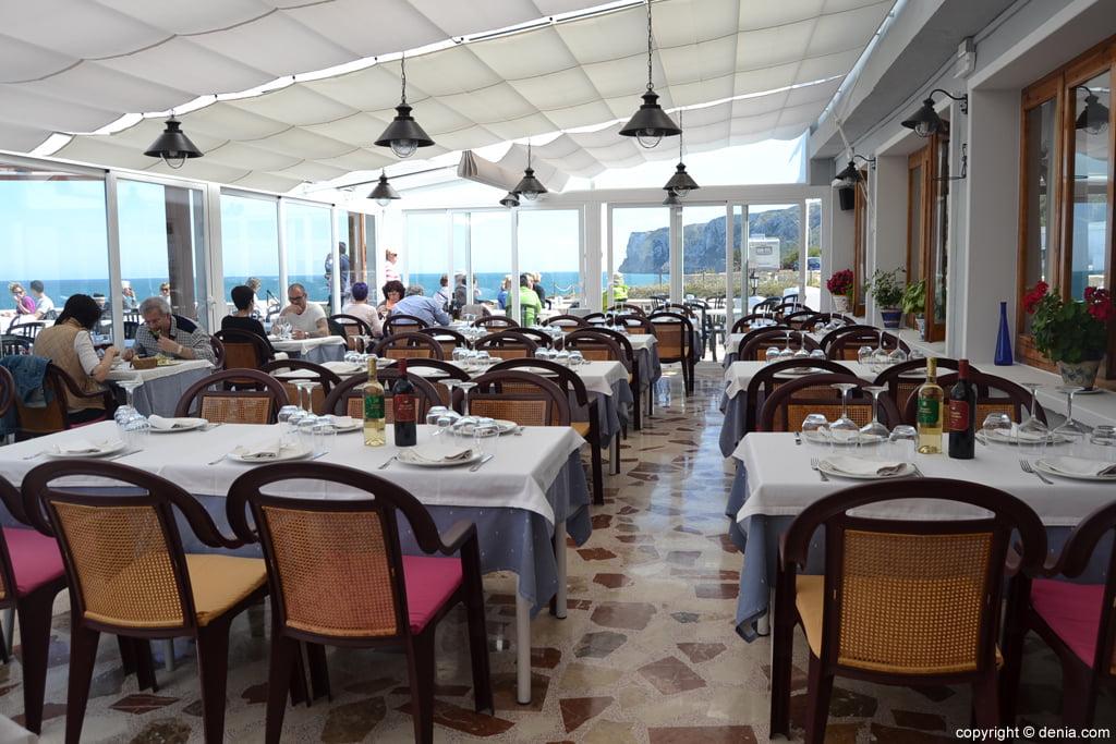 Terraza de Restaurante Mena
