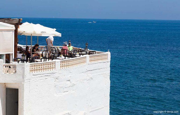 Terrassa exterior Restaurant Mena