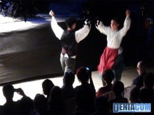 El grupo de danza Oinkari en Música al castell 2012