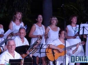 La Rondalla Cultural de Benissa actúa como invitada en el IV Aplec de Rondalles de Dénia