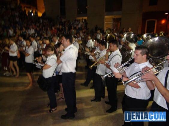 Trompetas, flautas, clarinetes y tubas en el Concierto de Bandas de la AMMICC