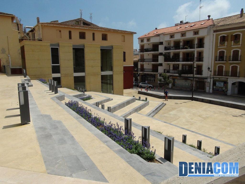 Dianenses y visitantes ya pueden convocarse en una novedosa Plaza del Consell