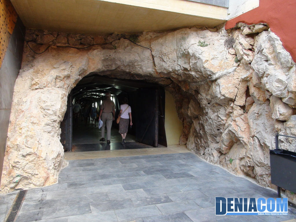 Entrada el Túnel del Castillo